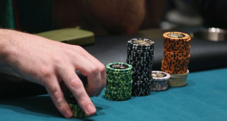 tri-tue-nhan-tao-ai-danh-bai-cao-thu-poker